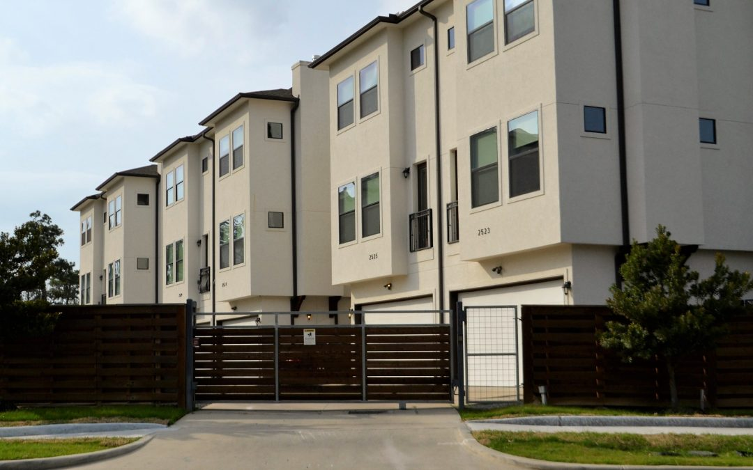 Condominiums vs. Townhouses: Which Is Best for You?